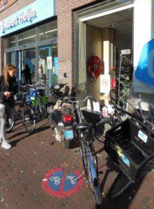 onbegaanbaar-trottoir-bilderdijkstraat-amsterdam