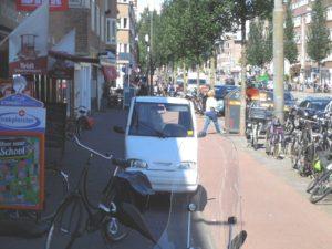 onbegaanbaar-trottoir-rijnstraat-amsterdam
